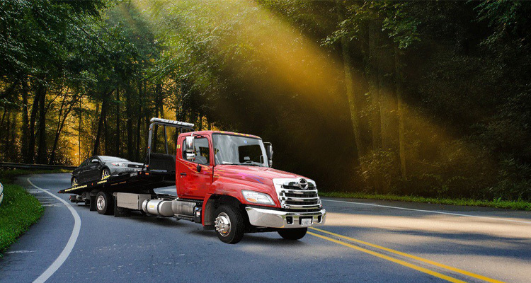 Essential Roadside Assistance Services Every Towing Company Must Provide