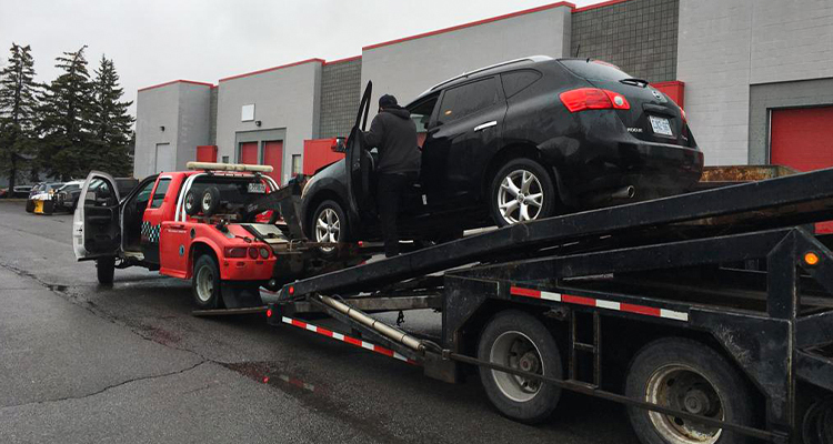 Top 7 Considerations For Hiring The Best Long-Distance Towing Service